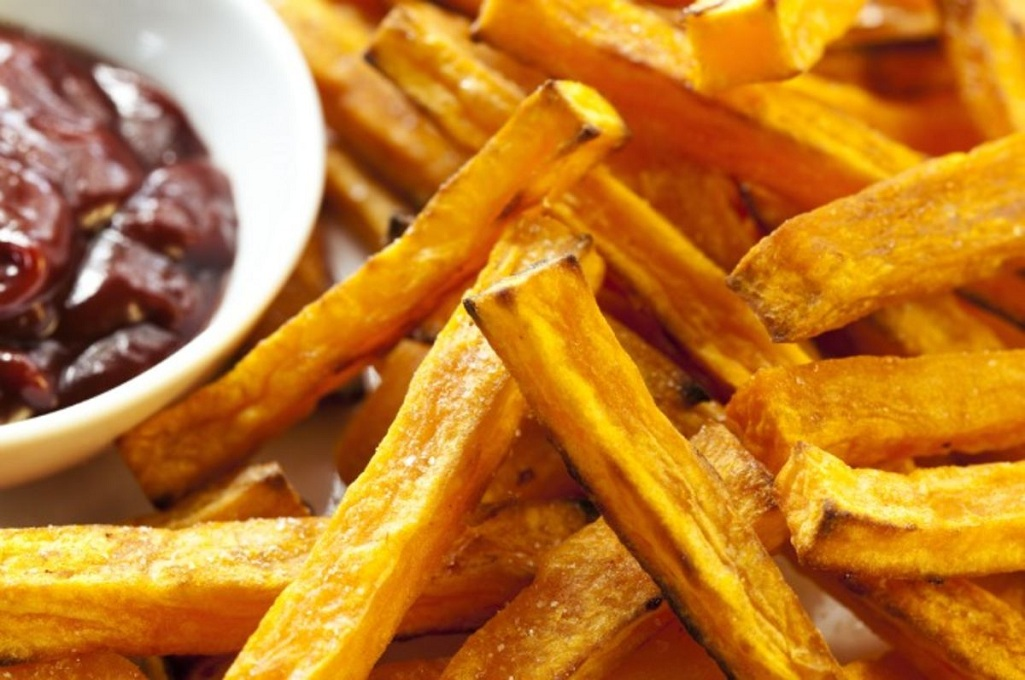healthy-recipes-oven-roasted-potato-fries-2